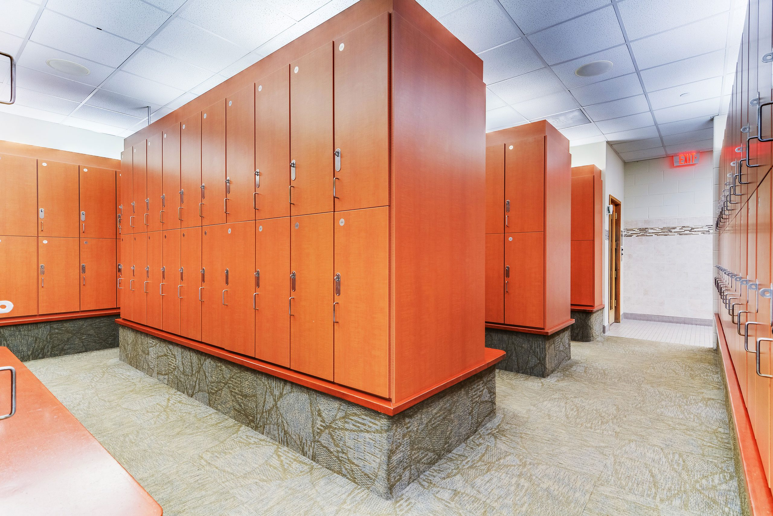 Luxury Locker Rooms - RWJ RAHWAY FITNESS & WELLNESS AT CARTERET